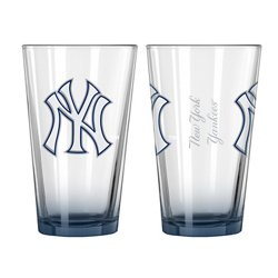Boelter Brands New York Yankees Elite 16 oz. Pint Glasses 2-Pack