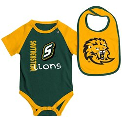 Colosseum Athletics Infants' Southeastern Louisiana University Rookie Onesie and Bib Set