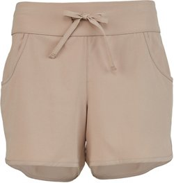 Magellan Outdoors Women's Caddo Lake Solid Fishing Short
