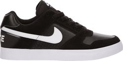 Nike Men's Delta Force Vulc Skateboarding Shoes