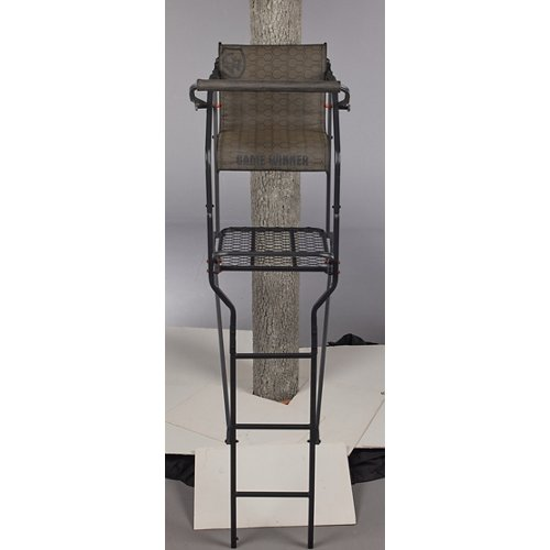 Game Winner Deluxe Ladder Stand
