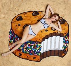 BigMouth Gigantic Ice Cream Cookie Beach Blanket