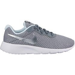 2a829942e6ac1 Girls  Nike Shoe Deals