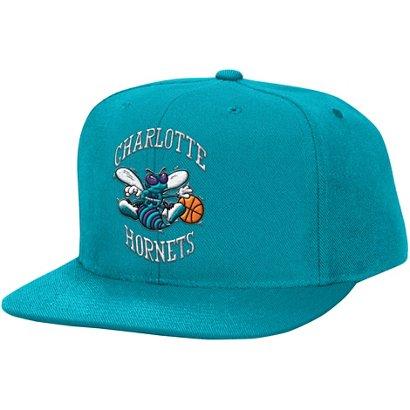 Mitchell   Ness Men s Charlotte Hornets Snapback Cap  60684caaf18