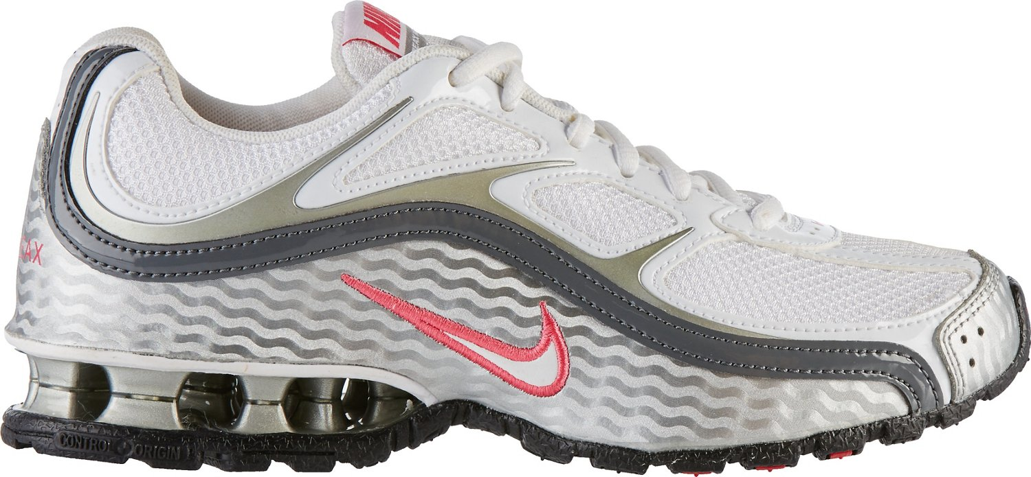 cd09b8a9273 Nike Women s Reax Run 5 Running Shoes