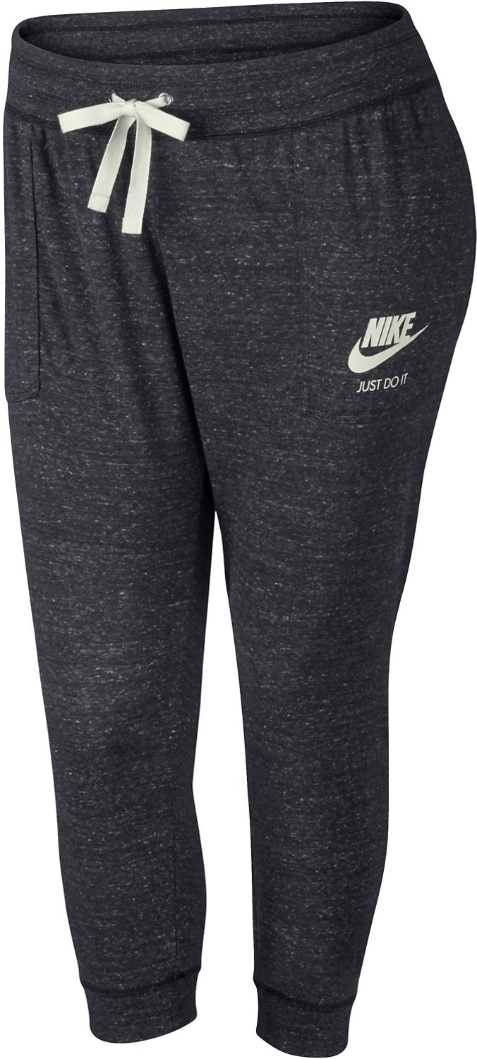 3856f0be56 Display product reviews for Nike Women's Sportswear Vintage Gym Plus Size  Capri Pant