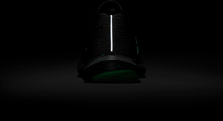 Nike Women's Run Swift SE Running Shoes - view number 10
