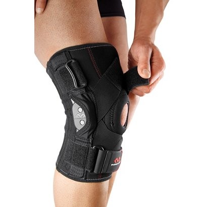 84efc682aa McDavid Adults' Knee Brace with Polycentric Hinges and Cross Straps ...