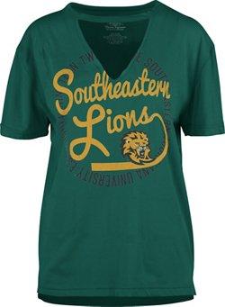 Three Squared Women's Southeastern Louisiana University Lucky Saylor T-shirt