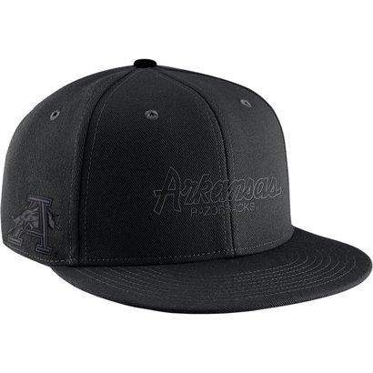 Nike Men s University of Arkansas Sport Specialty Pro Cap  5ad188c0739a