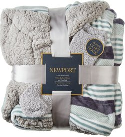 Newport 50 in x 60 in Velvet Berber Throw with Bonus Sock