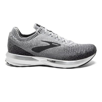 7136a6eb2afa6 Brooks Women s Levitate 2 Running Shoes