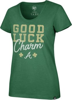 Atlanta Braves Women's St. Patty's Day Good Luck Charm Club Scoop T-shirt
