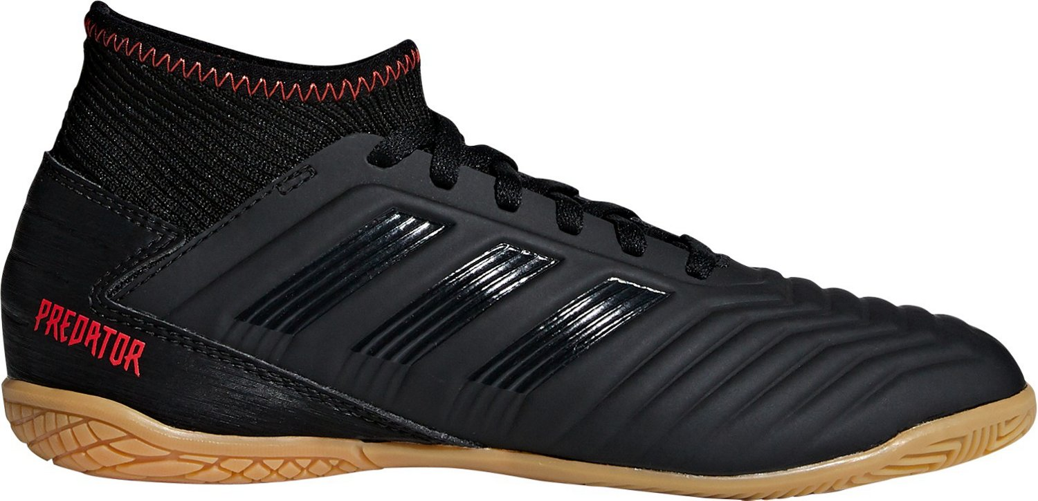 6a67616b9258 Display product reviews for adidas Boys' Predator Tango 19.3 Indoor Soccer  Shoes