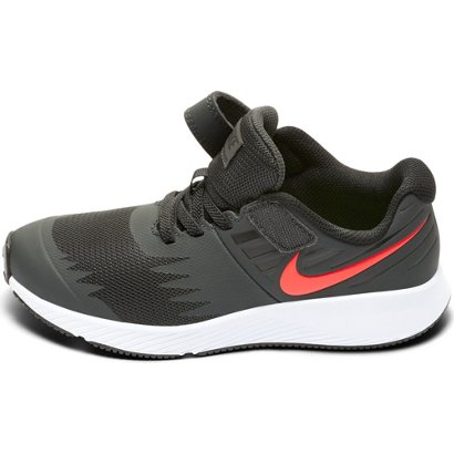 huge selection of b2afb f4df7 Nike Boys  Star Runner Running Shoes