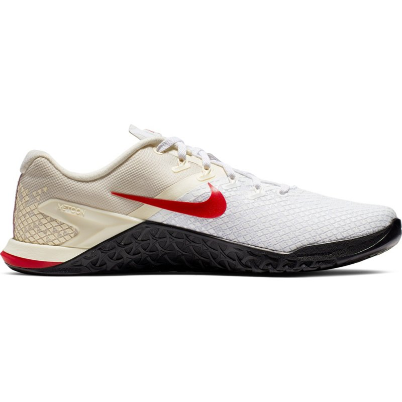 67c8db8e4757c Nike Men's Metcon 4 XD Training Shoes Pale Ivory/White/Club Gold, 10