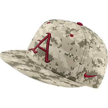 Nike Men's University of Arkansas AeroBill True Baseball Camo Cap