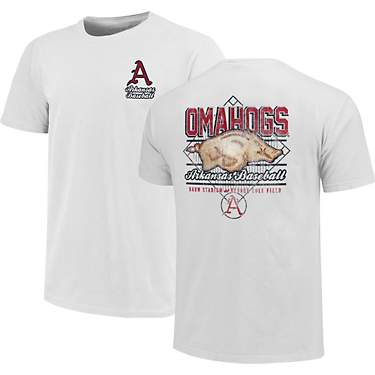 Image One Men's University of Arkansas Omahog Plate Short Sleeve T-shirt