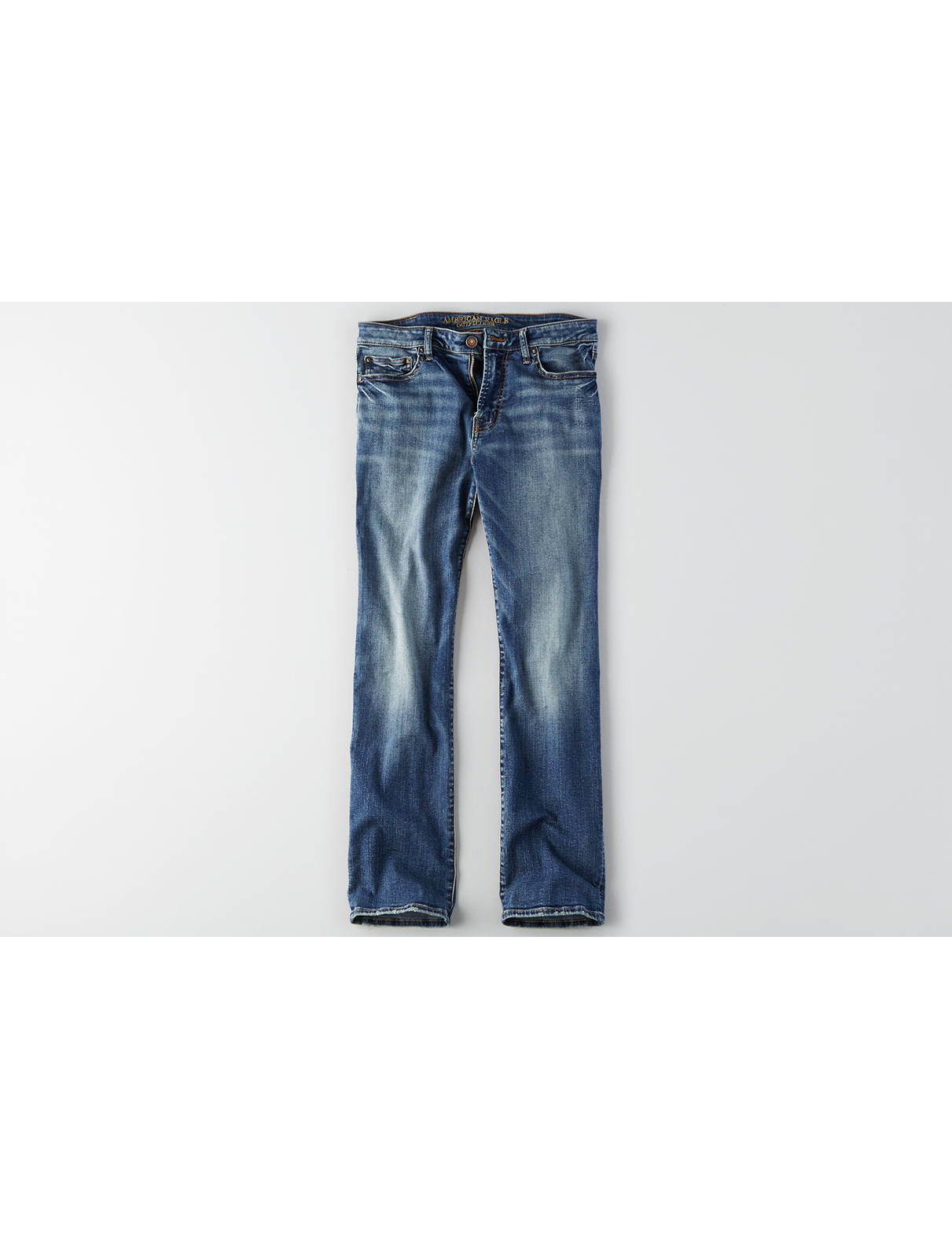 Men's Classic Bootcut Jeans | American Eagle Outfitters