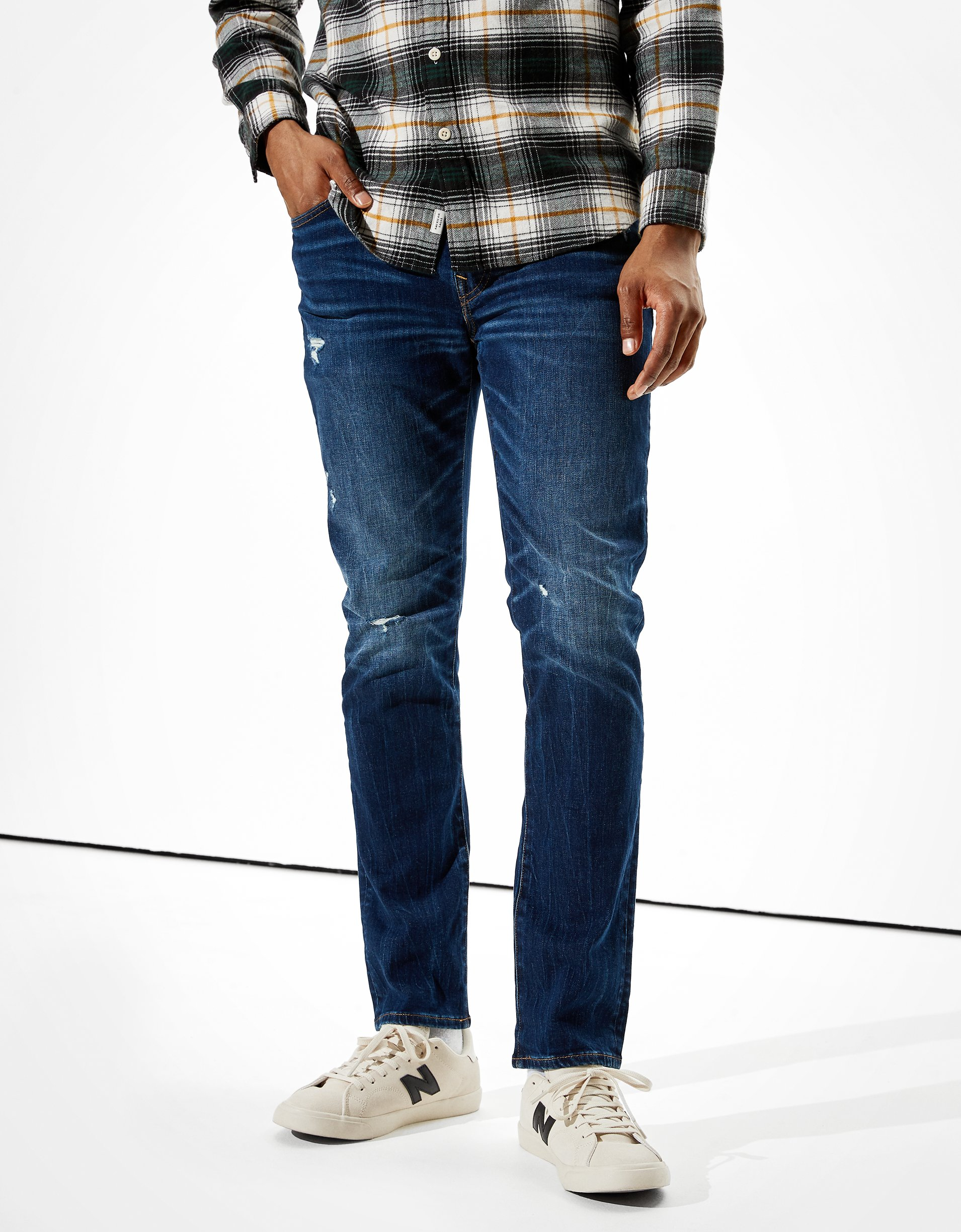 .99 Men Jeans at American Eagle + Free shipping at !