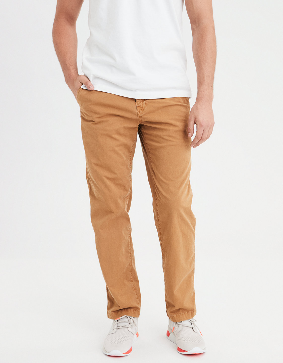AE Ne(X)t Level Relaxed Straight Khaki Pant