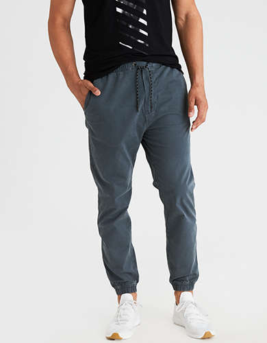Original AEO Menu0026#39;s Cargo Jogger Pant (True Black) From American Eagle