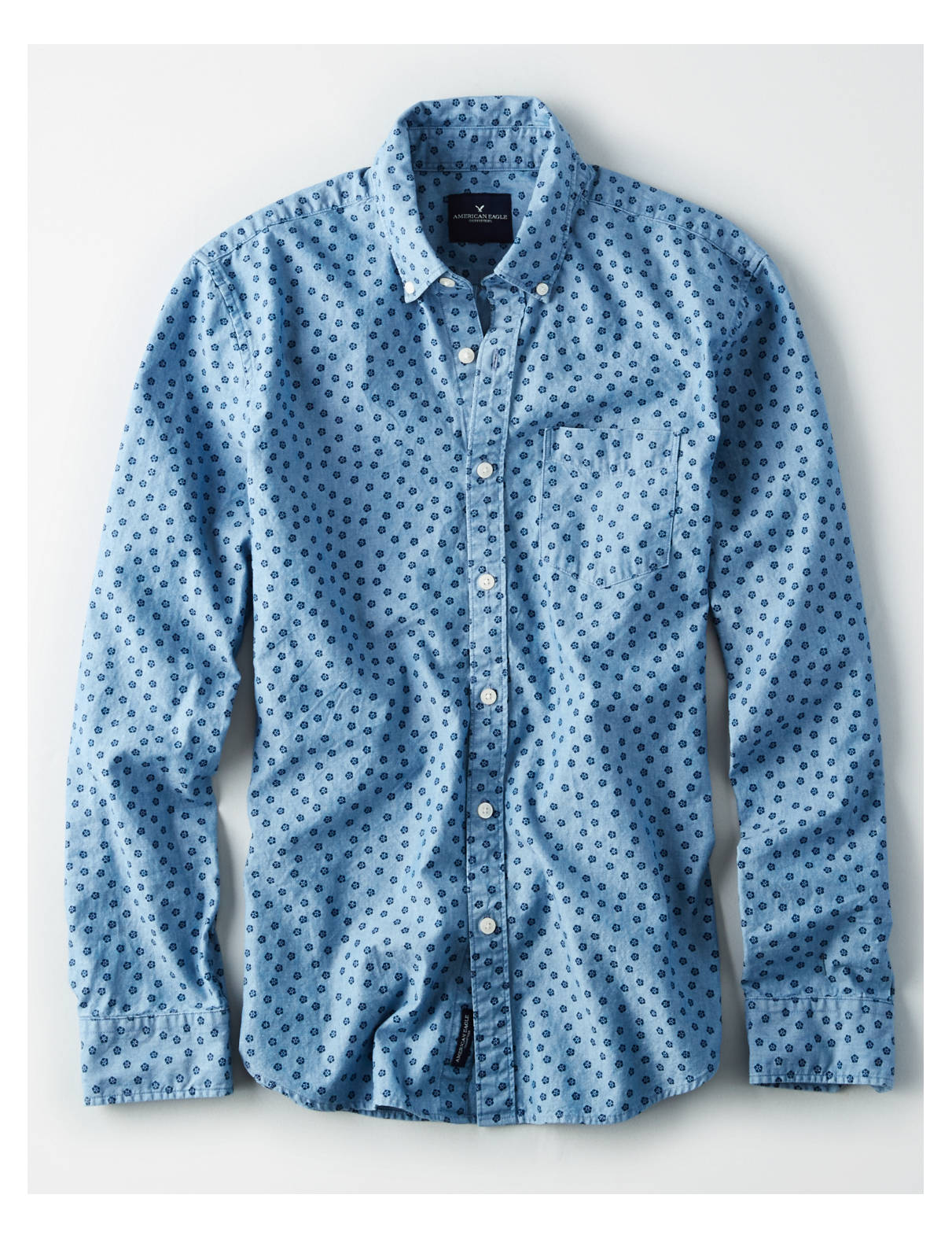 Display product reviews for AE CLASSIC PRINTED BUTTON-DOWN CHAMBRAY SHIRT