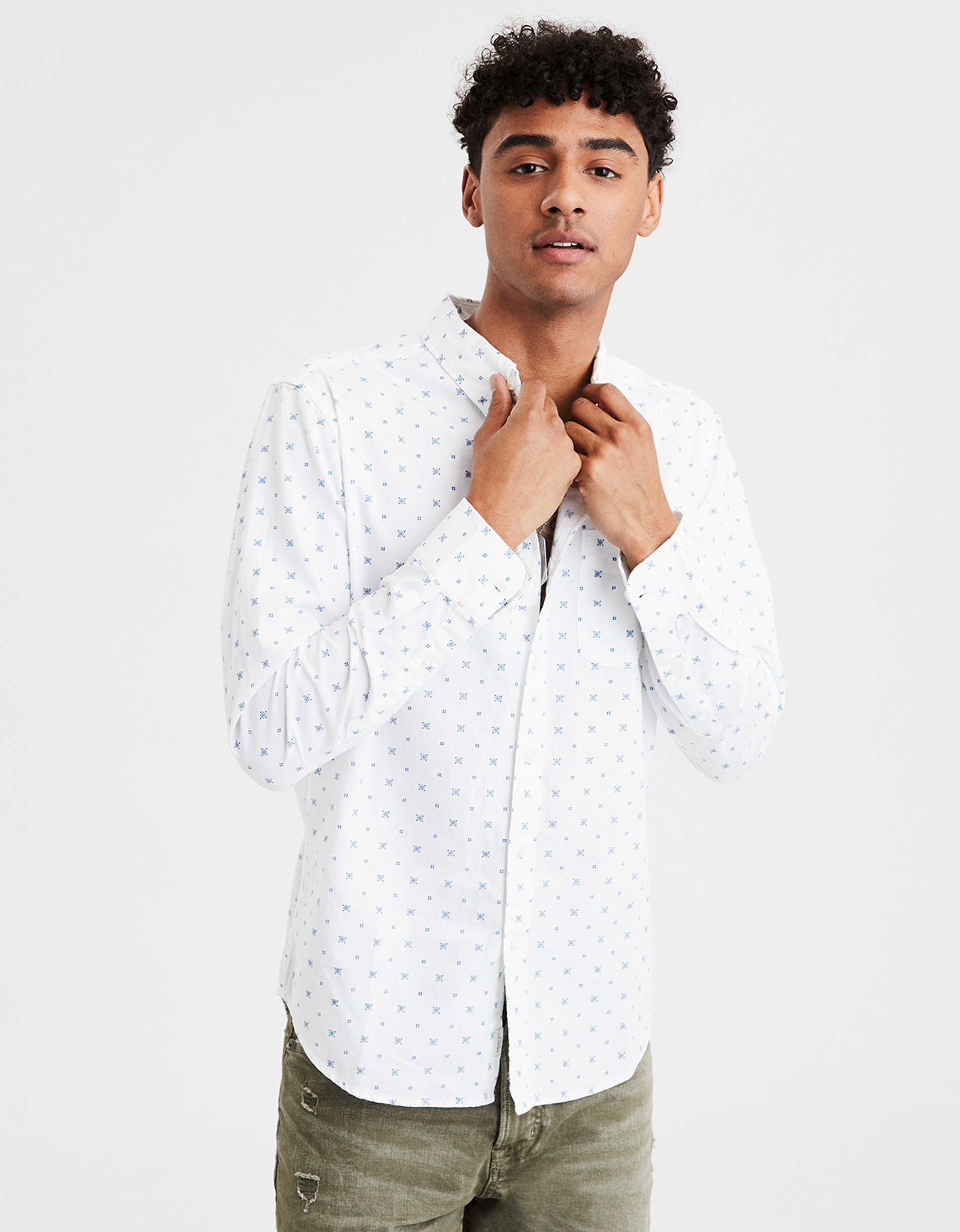 AE Long Sleeve Printed Oxford Button Up Shirt