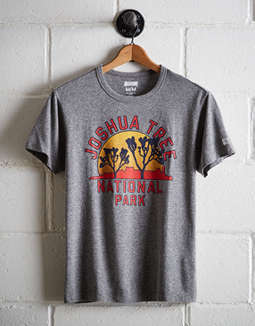 Tailgate Men's Joshua Tree National Park T-Shirt