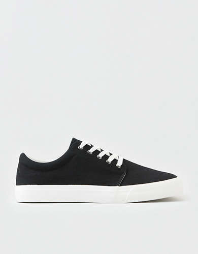 AEO Men's Canvas Low Top Sneaker