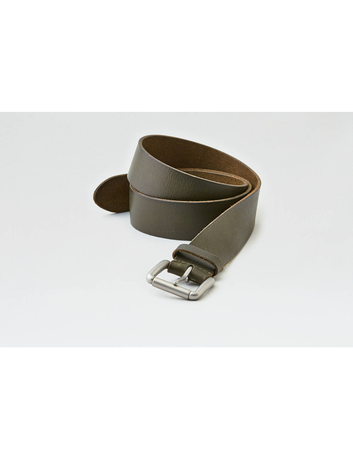 Display product reviews for AEO Color Leather Belt