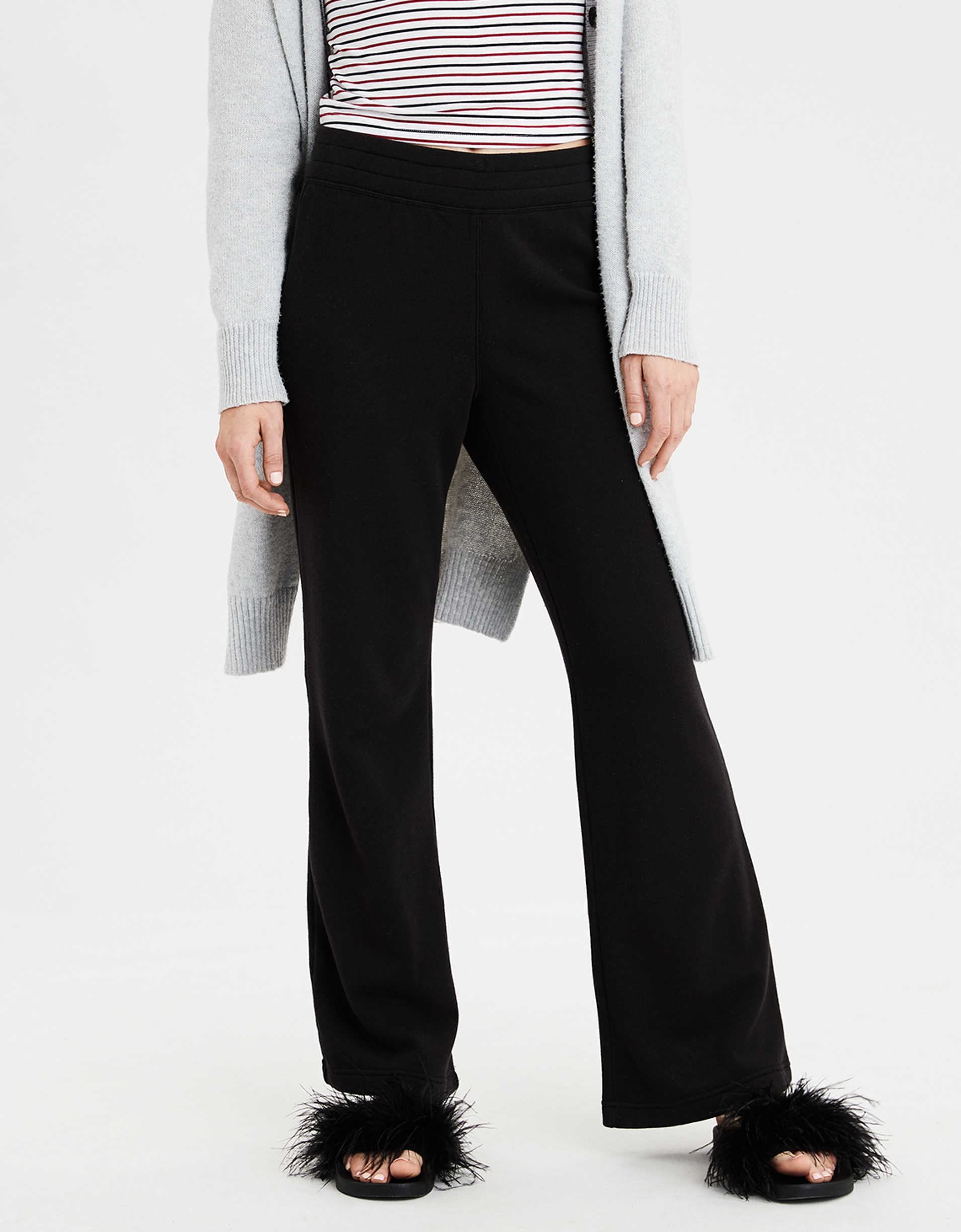 AE Wide Leg Sweatpant