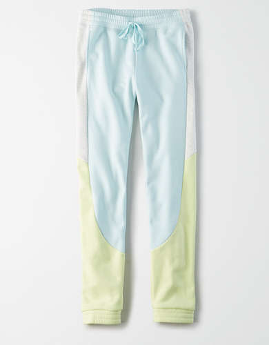 AE High-Waisted Fleece Jogger