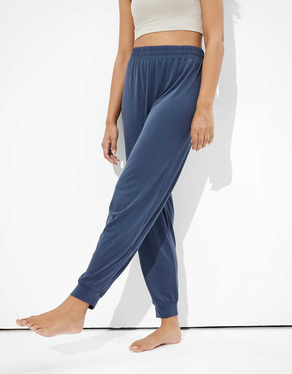 AE High-Waisted Fleece Lounge Jogger