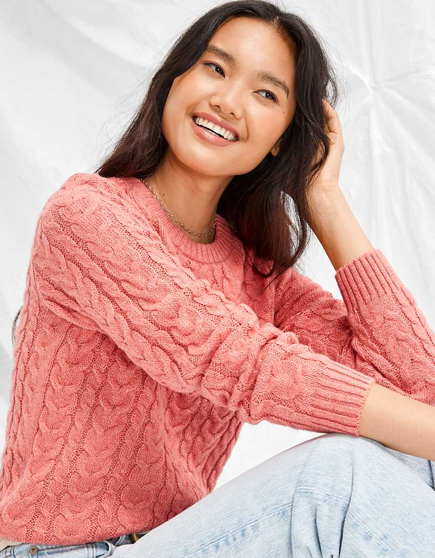AE Cropped Cable Knit High-Rise Sweater