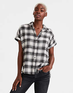 AE Plaid Short Sleeve Button Up Shirt