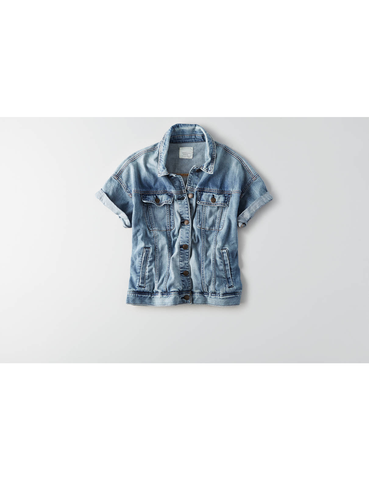 Display product reviews for AEO Short Sleeve Denim Jacket
