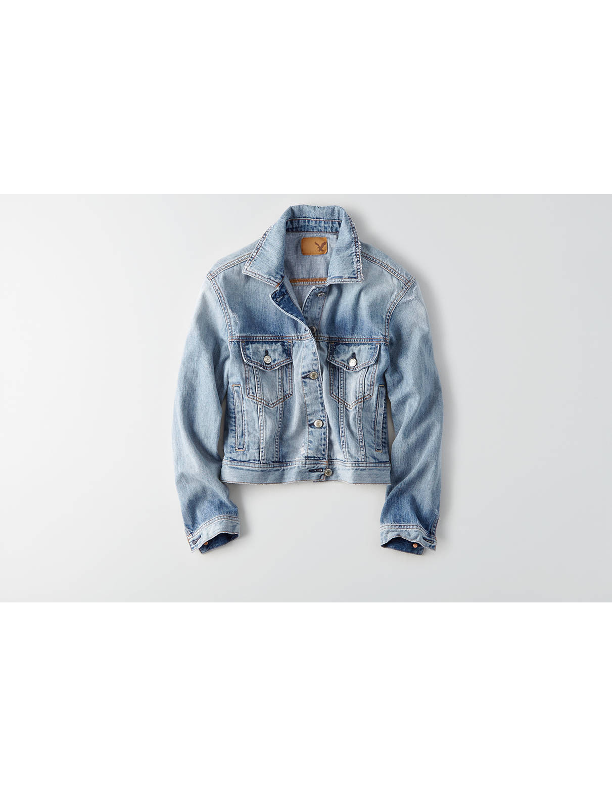 Display product reviews for AEO Classic Denim Jacket