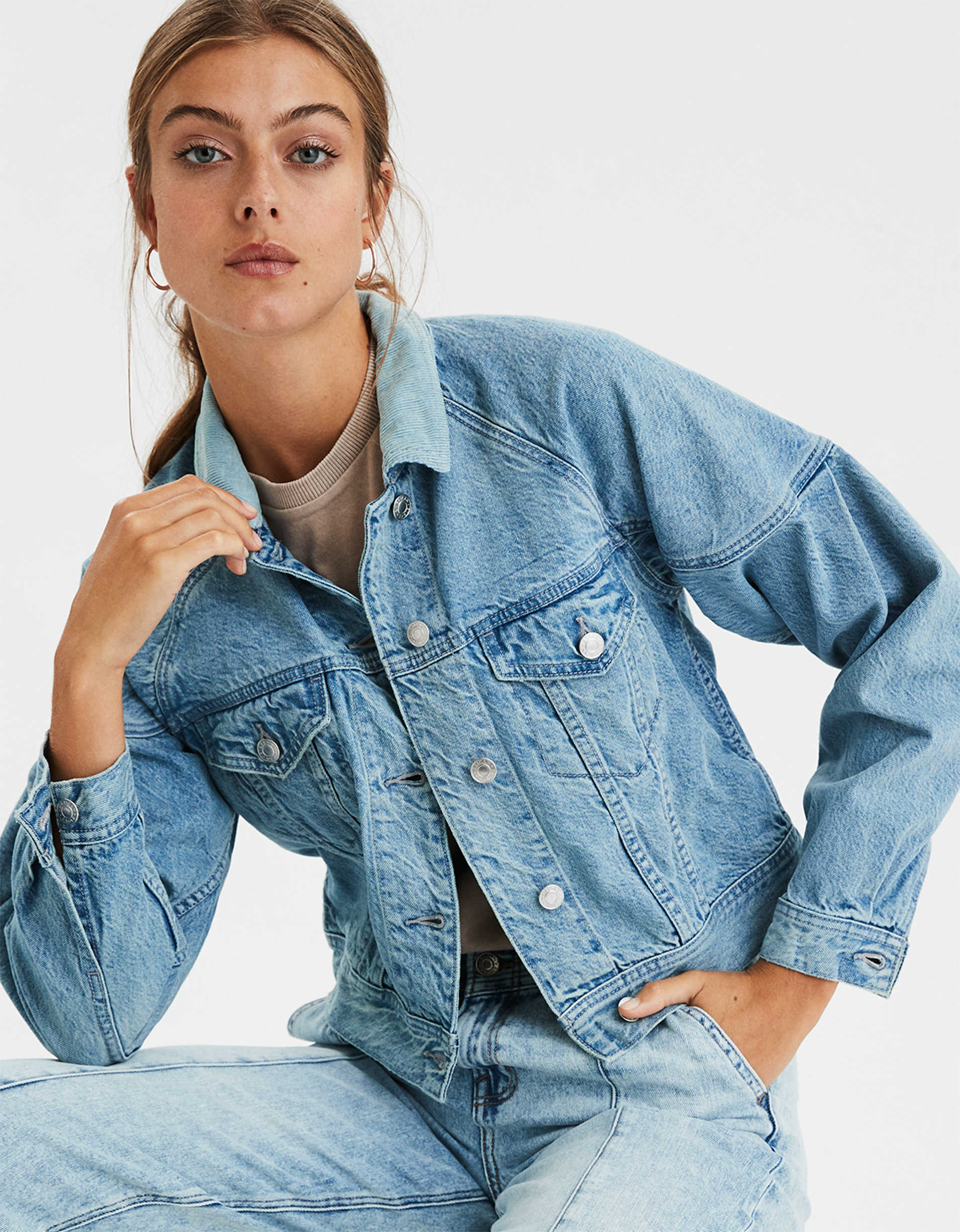 AE Pleated Cropped Trucker Jacket