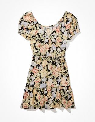 Платье на запахе с рукавами-фонариками AE