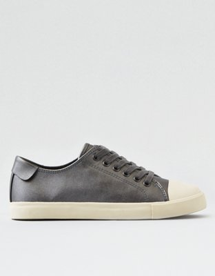 AEO Metallic Low Top Sneaker