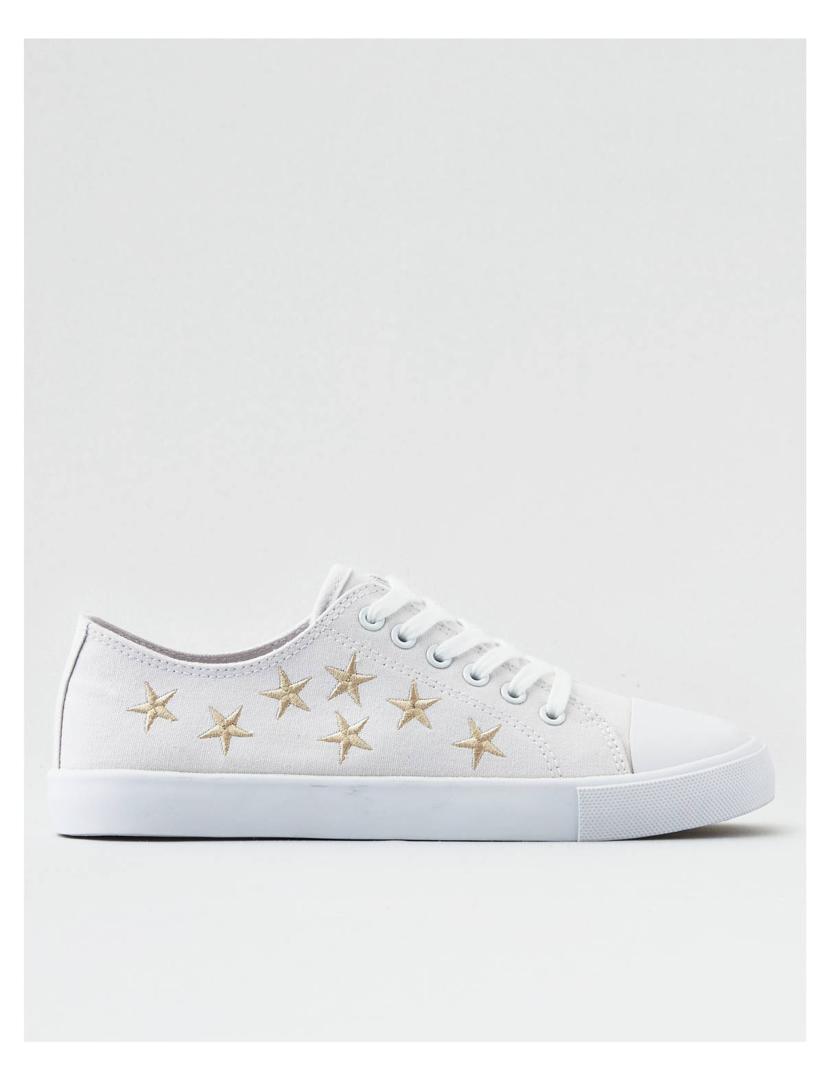 Display product reviews for AEO Embroidered Stars Low Top Sneaker