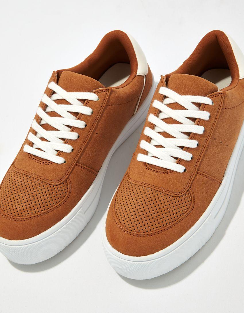 AE Retro Sneaker