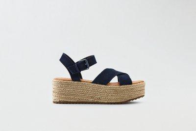 Suede Flatform Sandal