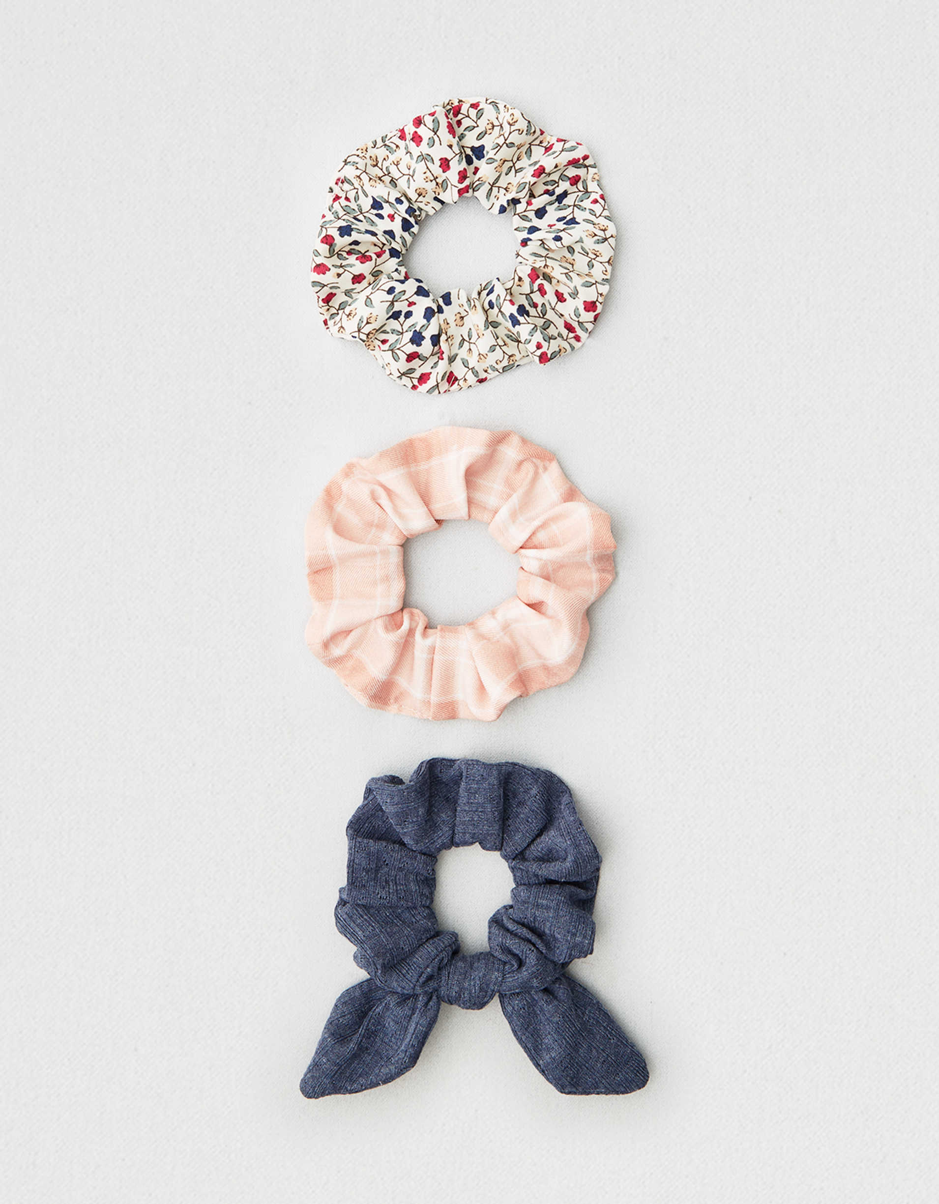 AEO Plaid + Floral Scrunchies 3-Pack