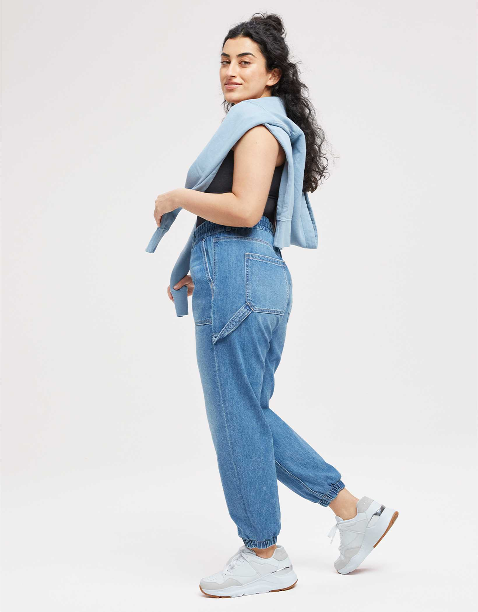 AE Relaxed Mom Jogger
