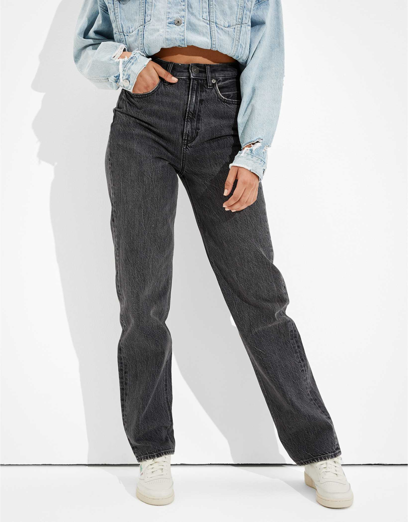 25% OFF JEANS at American Eagle!