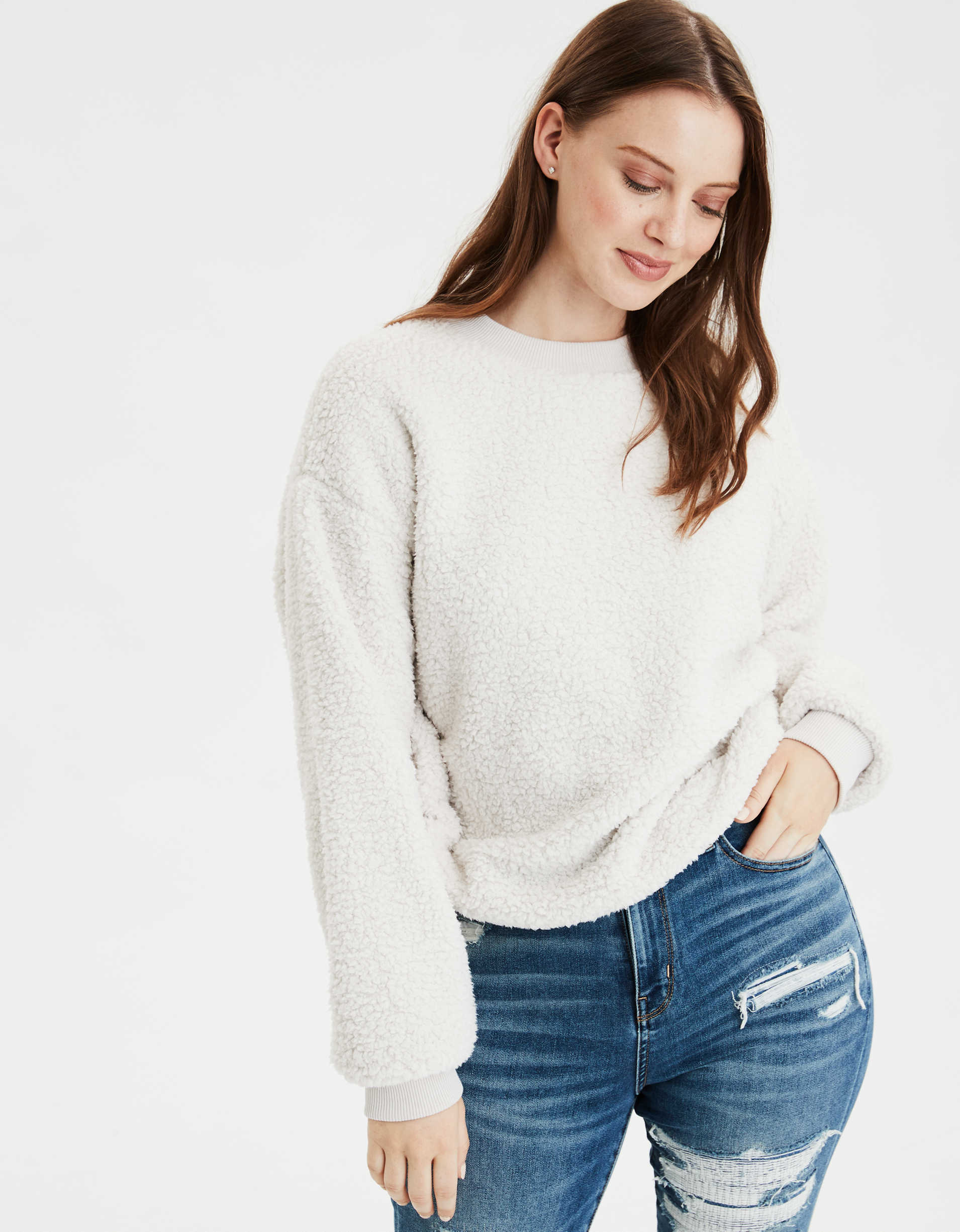 AE Fuzzy Sherpa Cropped Crew Neck Sweater
