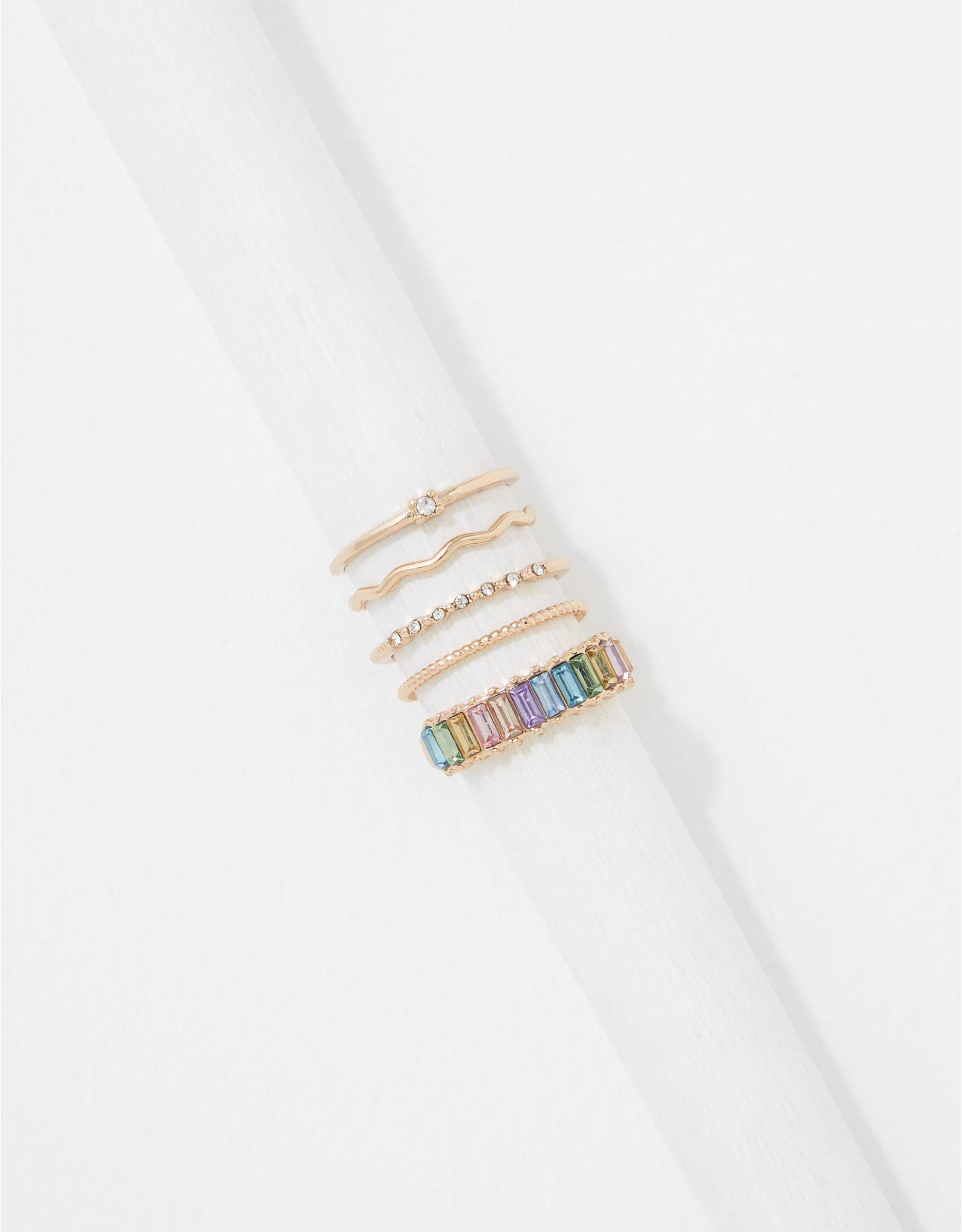 AEO Rainbow Rings 5-Back