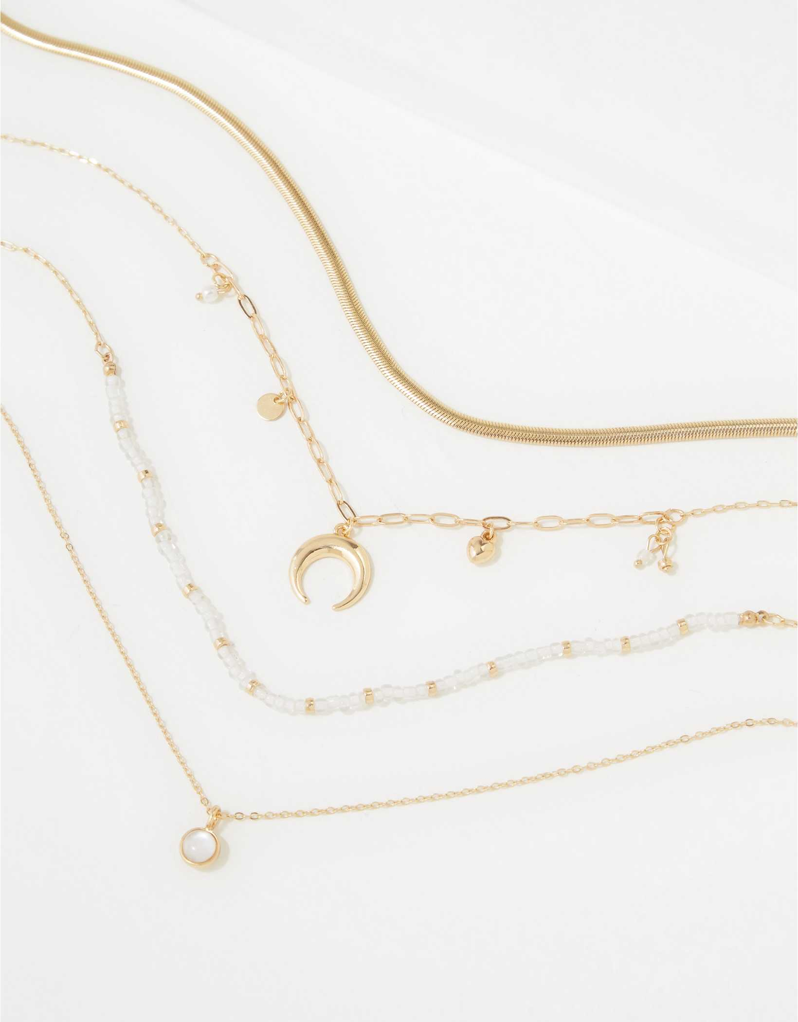 AEO Beaded Daisy Necklaces 4-Pack